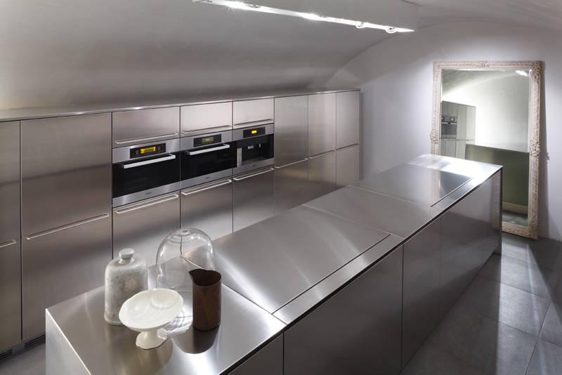 Boffi solferino showroom ambiente cucina for Living24 home