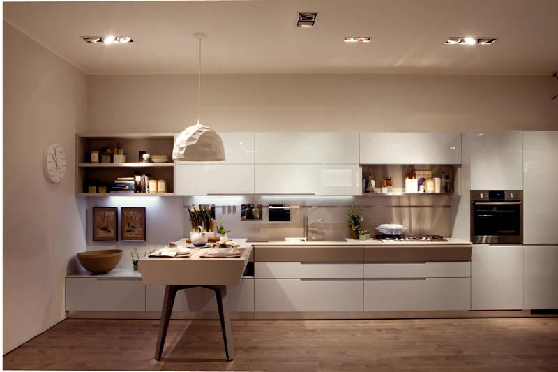Motus di Scavolini: le asimmetrie intelligenti | Ambiente Cucina