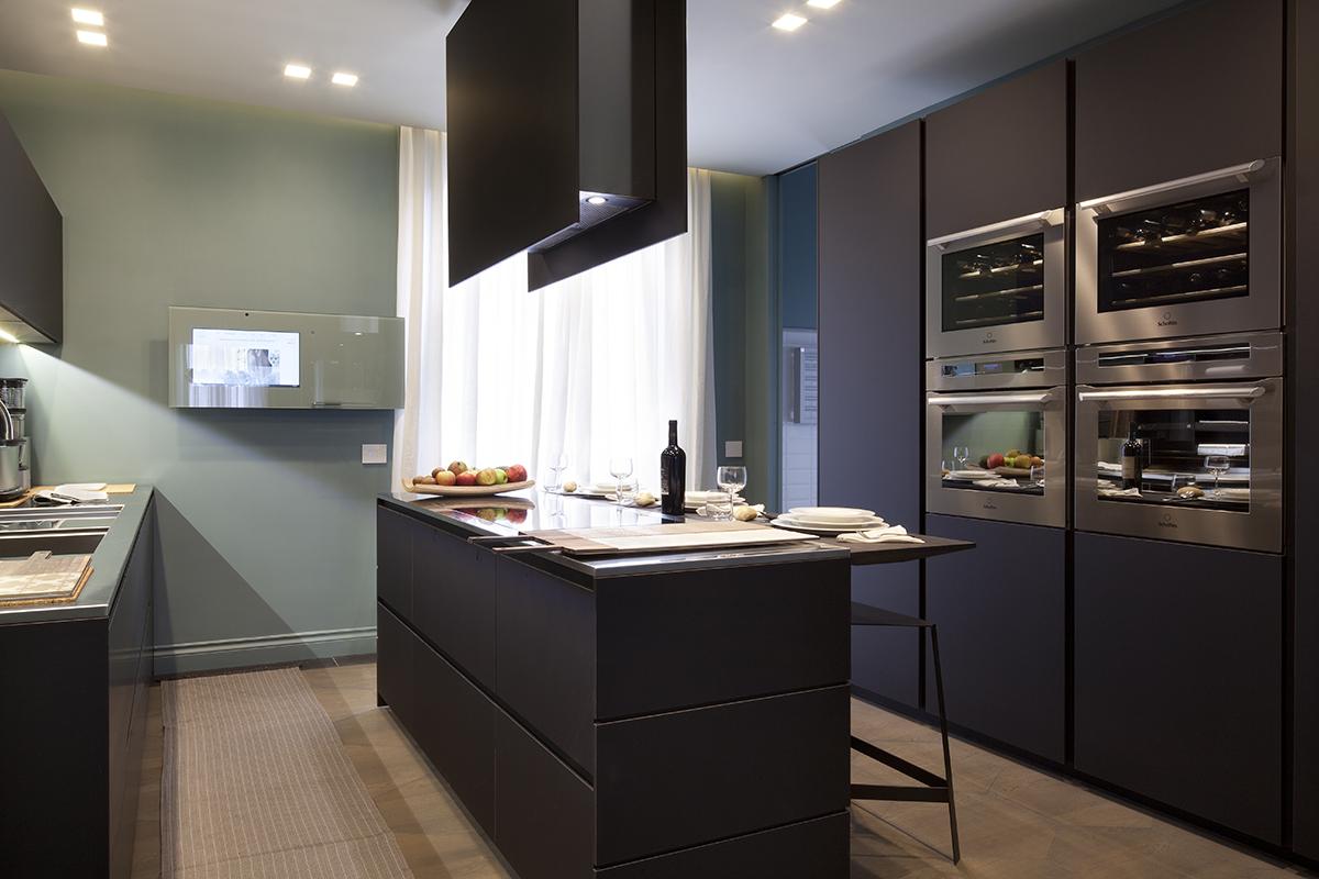 Cucina su misura per andrea castrignano ambiente cucina - Cucina molecolare milano ...