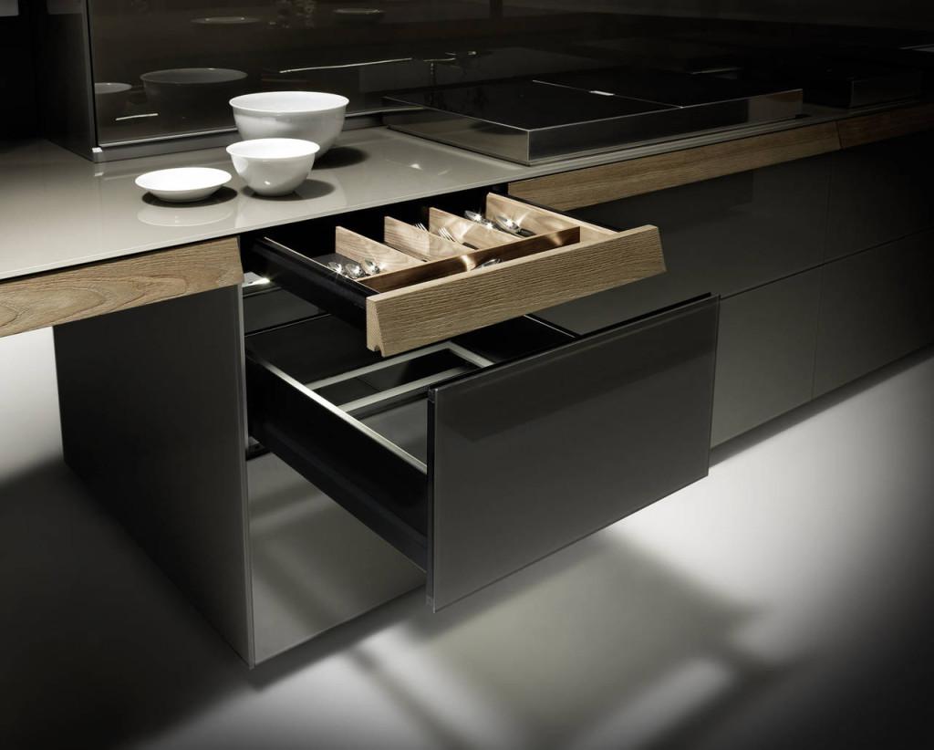 Valcucine, cucina Genius Loci, il nuovo cassetto integrato nel piano lavoro. 2015