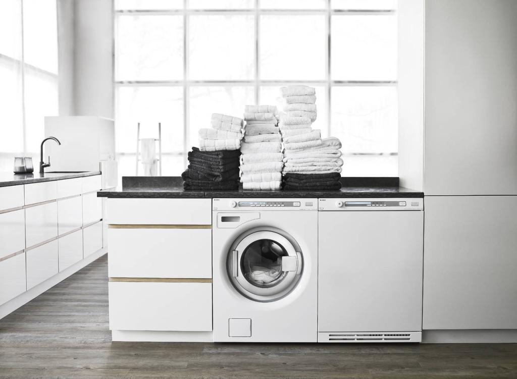 Le lavatrice Asko, qui proposte in abbinata alla lavasciuga, sono testate per 10.000 lavaggi che corrispondono a a 20 anni di uso