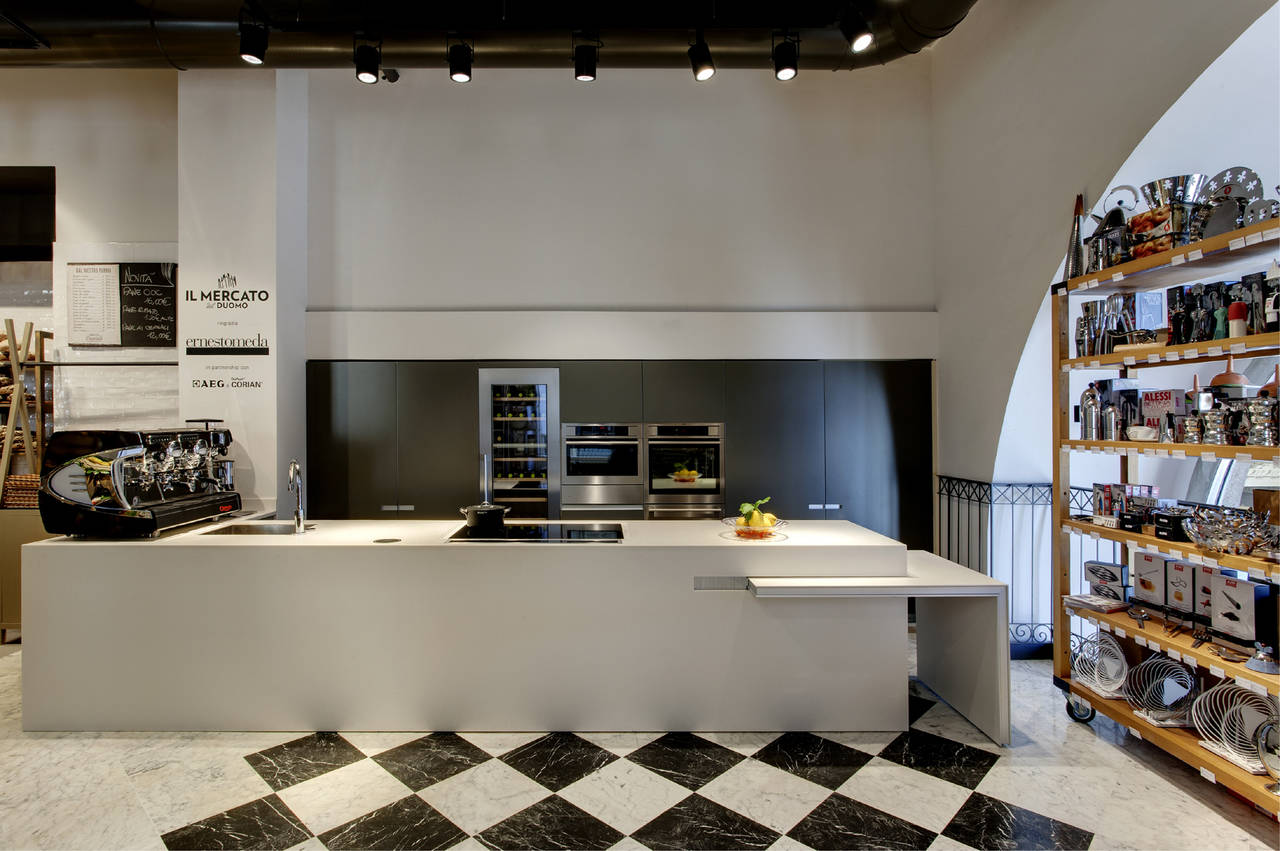 Cucina Icon, Ernestomeda, design Giuseppe Bavuso - Il Mercato del Duomo Milano