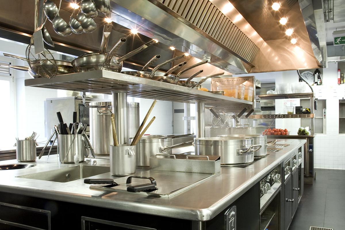 cucina professionale Molteni - Ristorante La Mantia, Milano