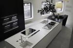 Cucina design Sharp Varenna con DuPont Corian bianco