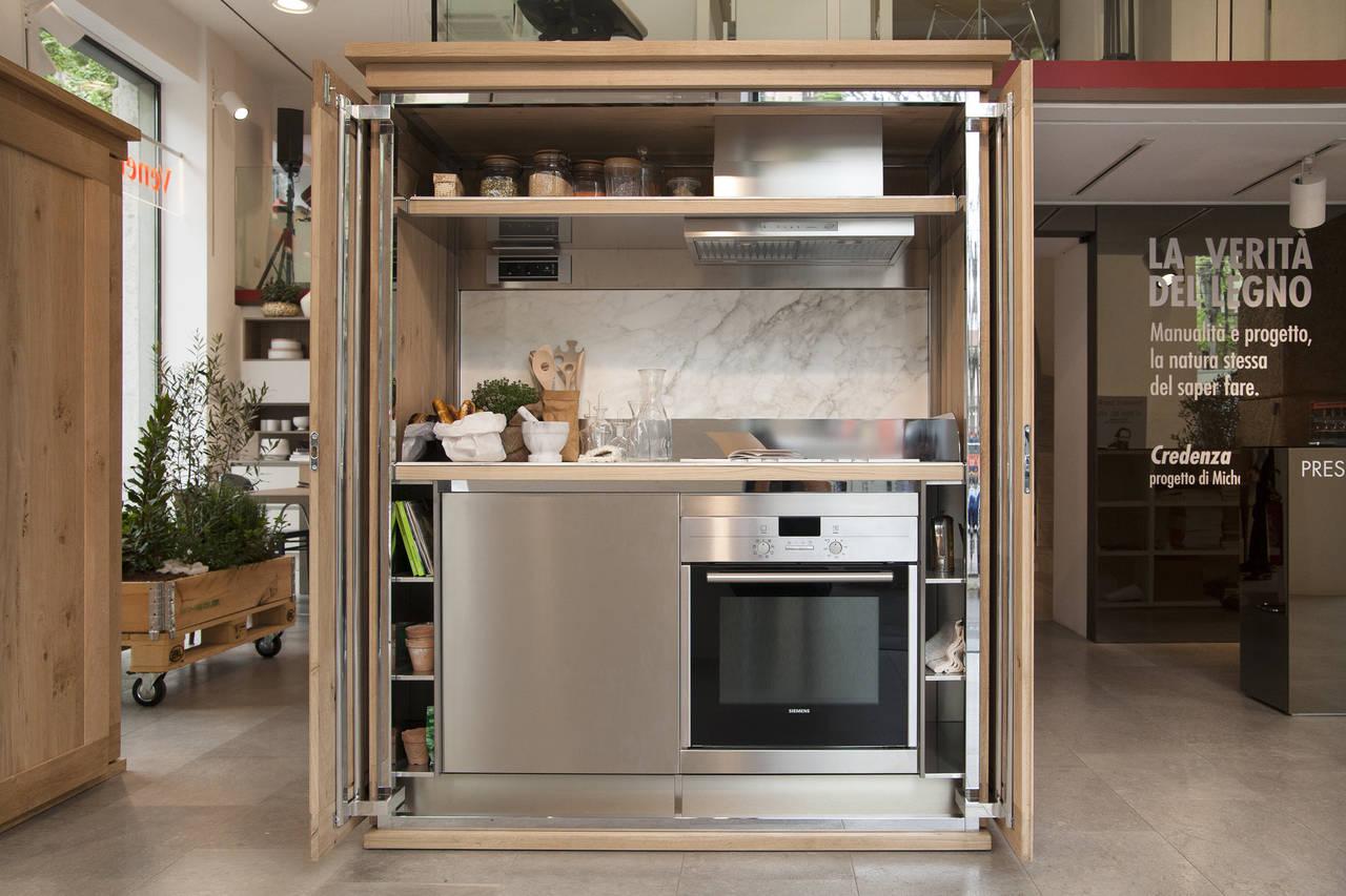 Michele de lucchi l 39 evoluzione di credenza per veneta cucine for Credenza cucina
