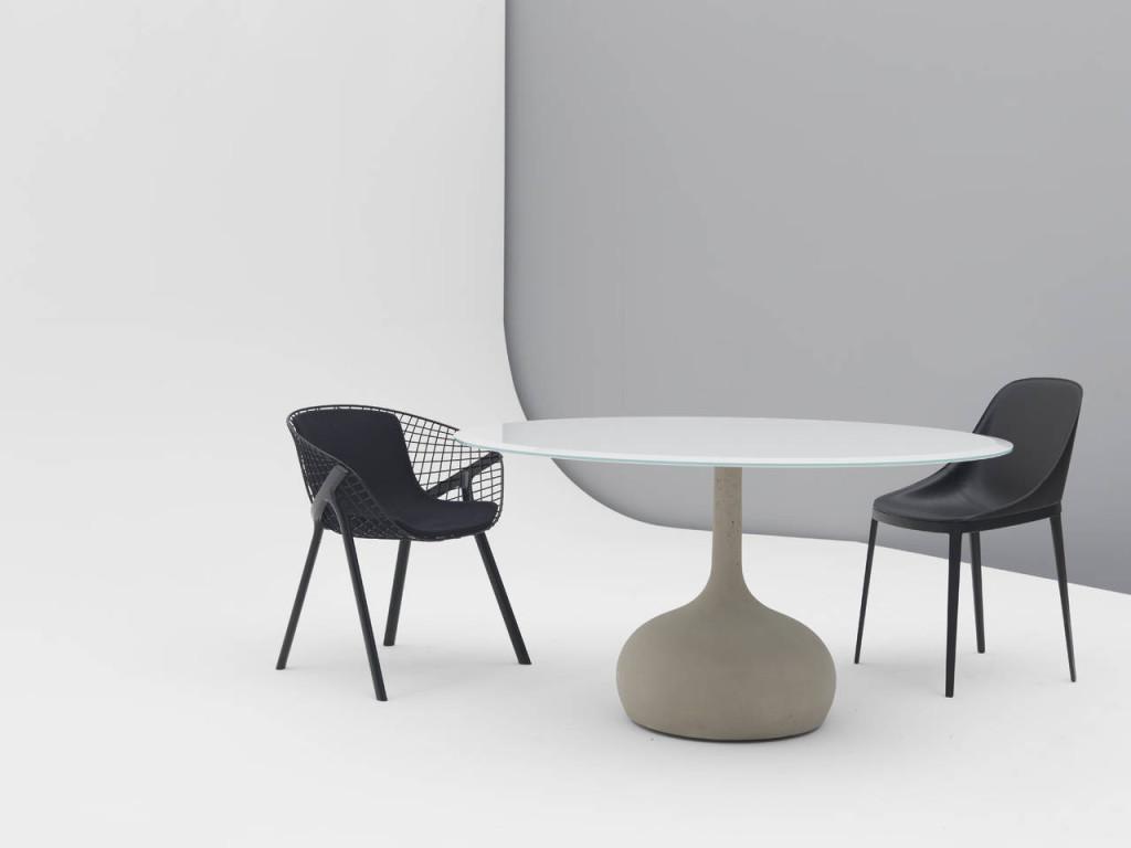 Alias, tavolo Sean design Gabriele e Oscar Buratti
