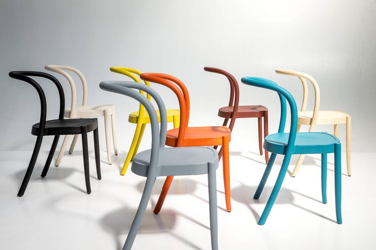 Tavoli sedie e sgabelli per vivere la cucina ambiente for Sedie di design