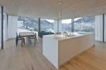 Cucina in Hi-Macs tra le alpi svizzere