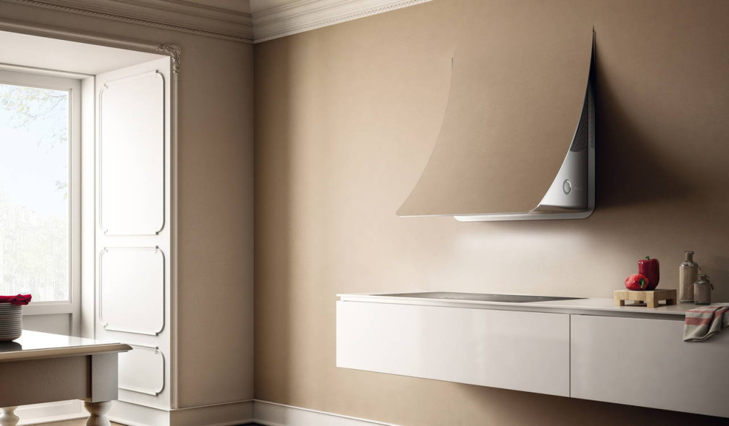 Nuage è l'innovativa cappa d'aspirazione progettata da Fabrizio Crisà per Elica.
