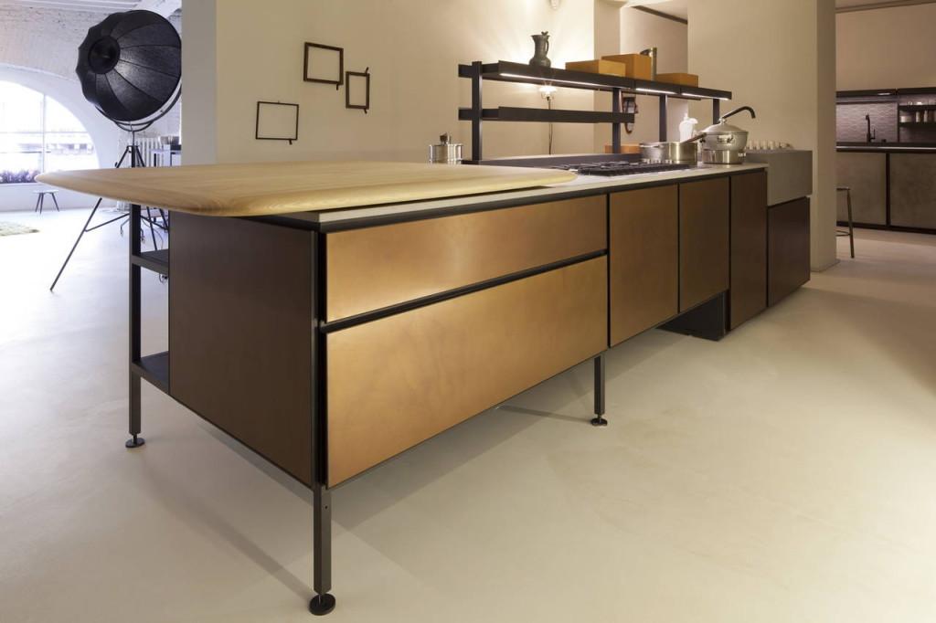 Il sistema cucina Salinas, progettato dalla designer Patricia Urquiola per Boffi.