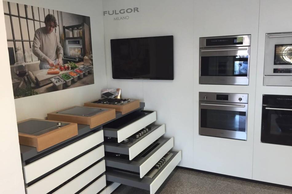 Apertura Fulgor Milano Gallery a Padova Mainox Group showroom