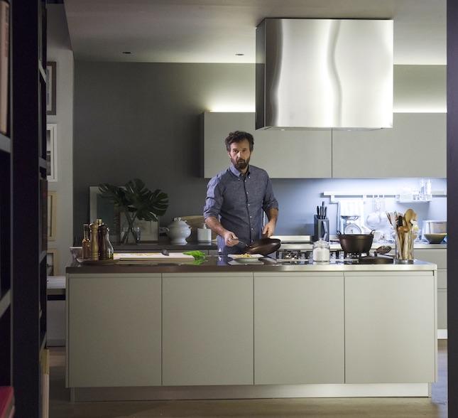 Cracco il nuovo testimonial di scavolini ambiente cucina - Aziende cucine design ...