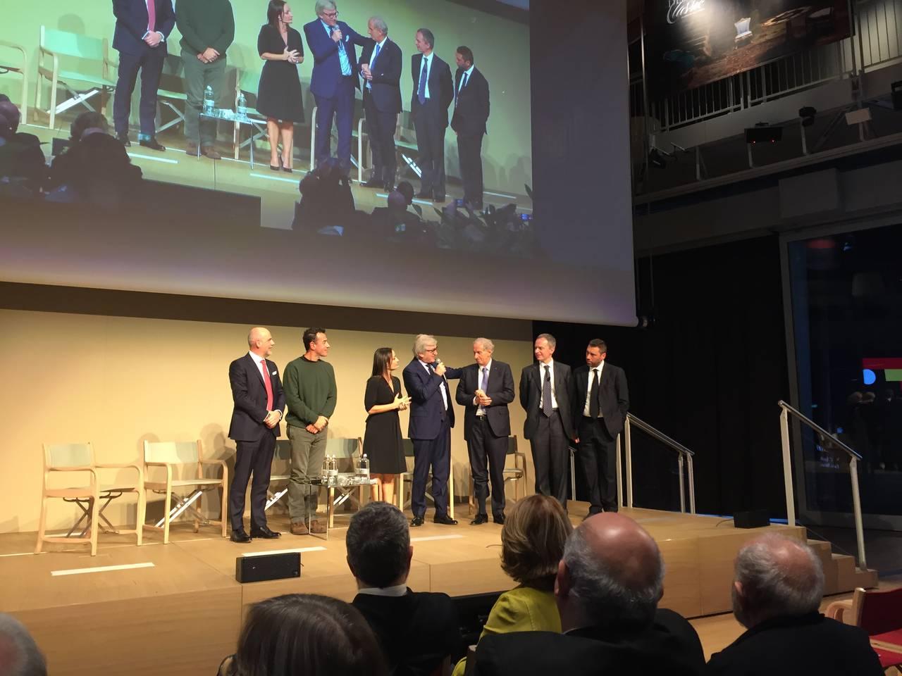La conferenza di presentazione del Salone del Mobile.Milano 2016