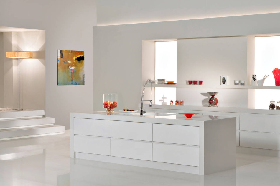 Cucina Total White quartz surfaces show milano