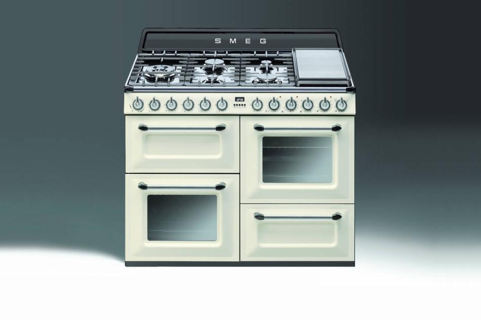 Emejing cucine a gas smeg images - Smeg cucine prezzi ...