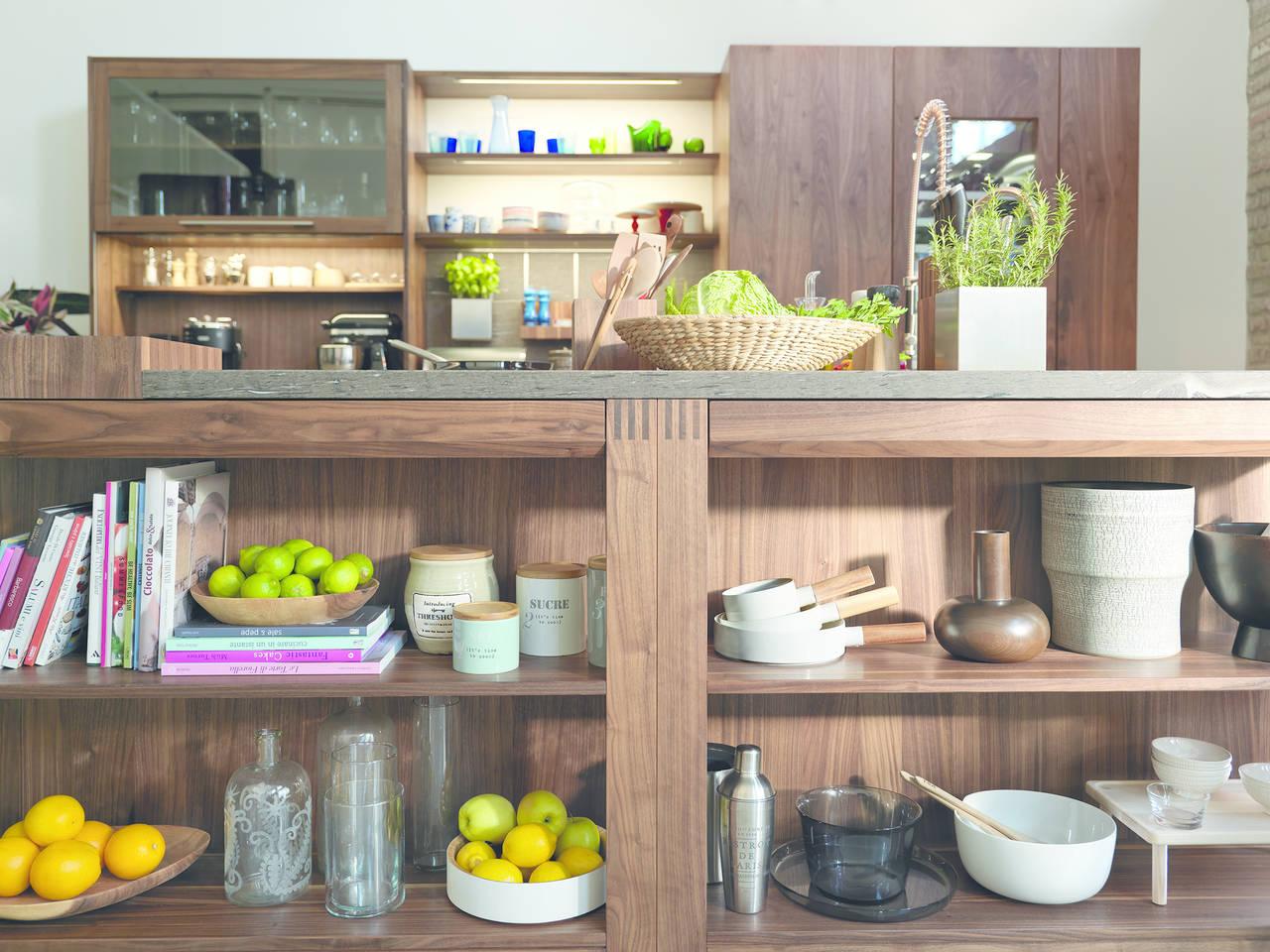 Una libreria in cucina ambiente cucina - Aziende cucine design ...
