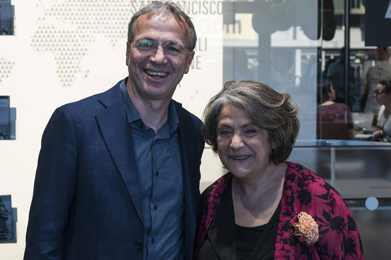 Nunzia Schiano e Renzo Rastelli presso il flagship store Aran Cucine