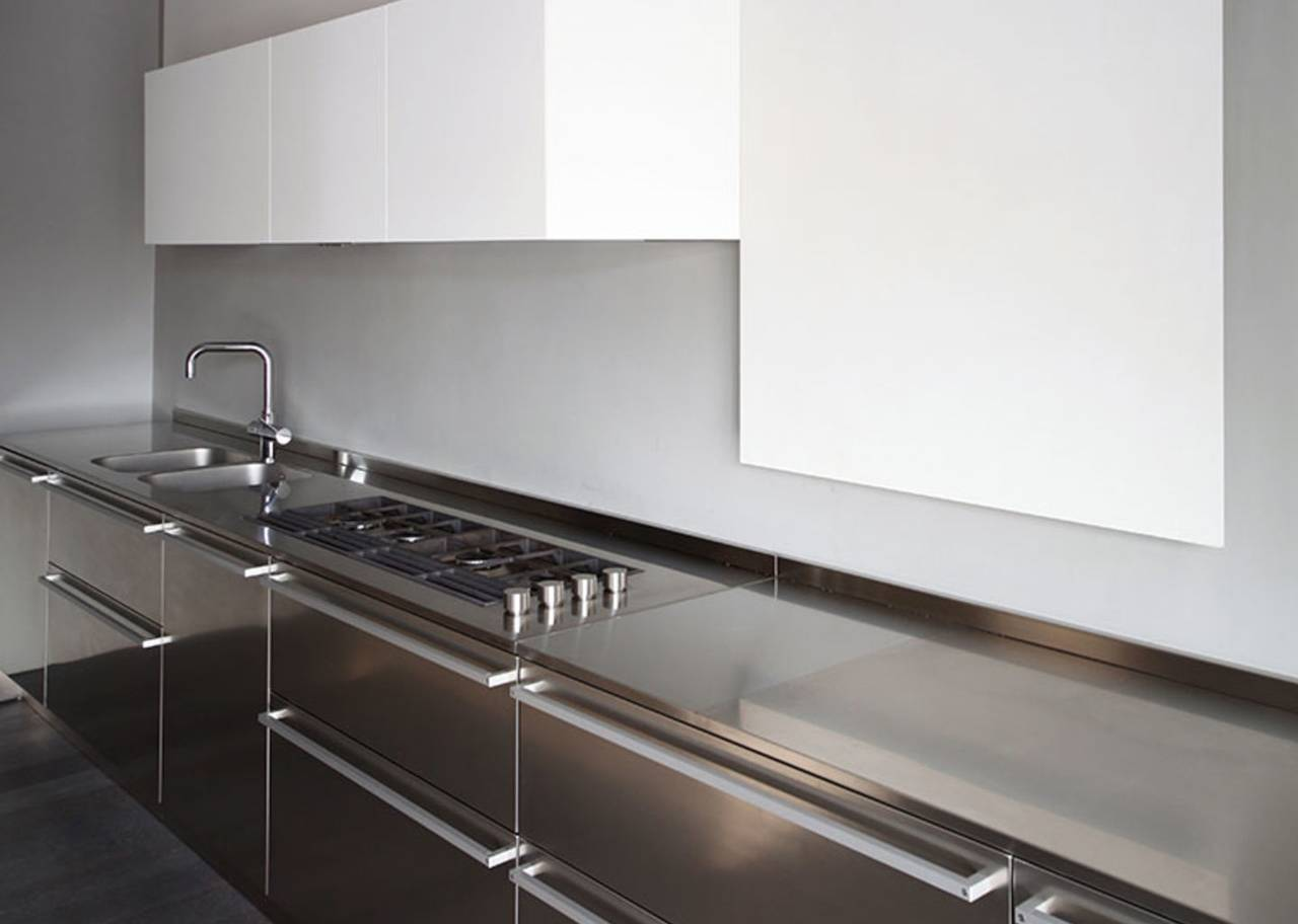 Cucina d\'acciaio con vista | Ambiente Cucina