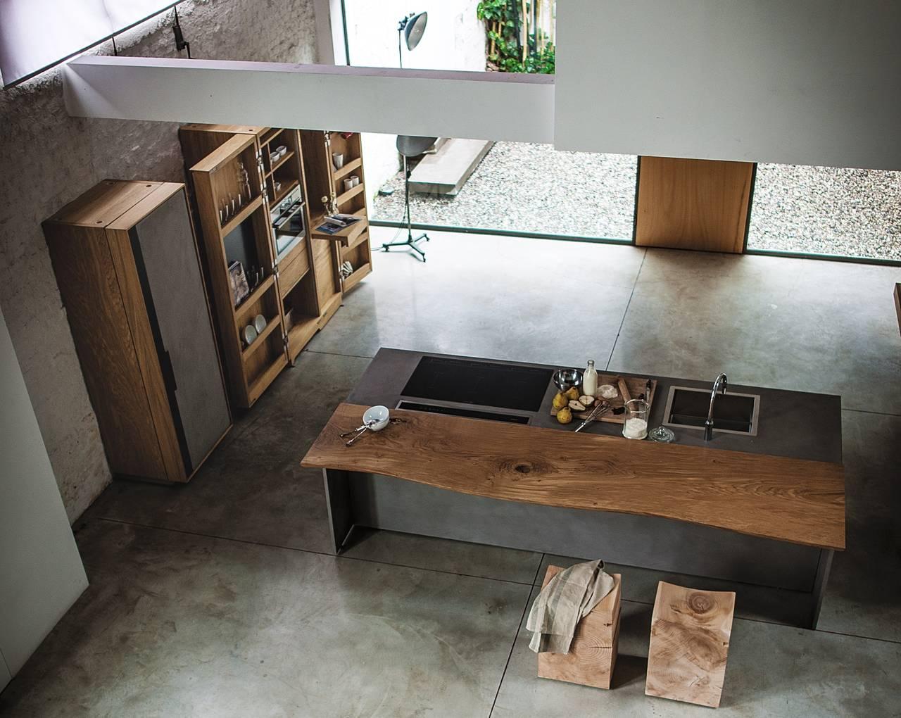 Riva 1920 un 39 azienda fondata sulla passione per il legno for Aziende cucine design
