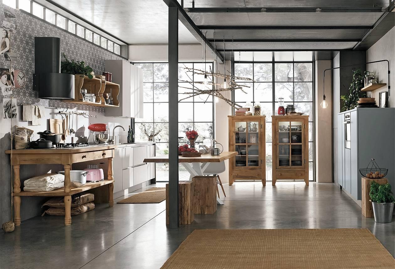"""Il legno """"vissuto"""" dello stile industrial  Ambiente Cucina"""