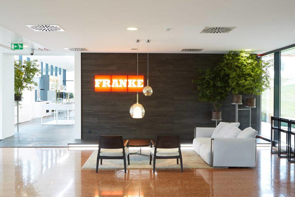 Il nuovo showroom Franke firmato da Carlo Colombo   Ambiente Cucina