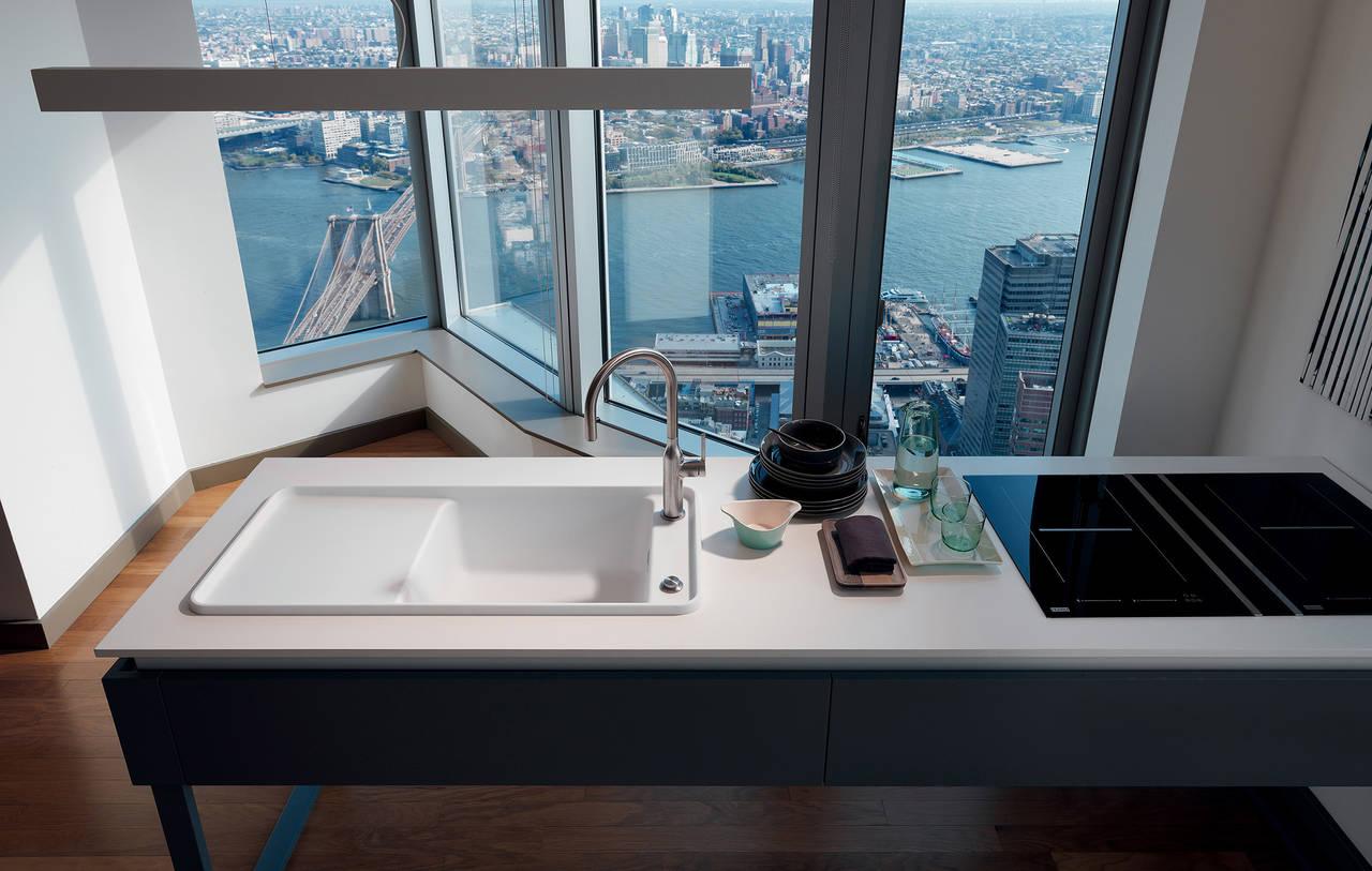 Style il lavello franke elegante e resistente ambiente for Lavello in fragranite
