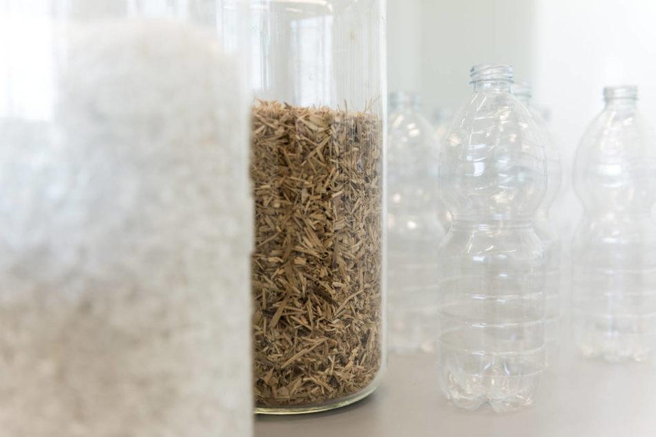 Ante da cucina con bottiglie di plastica riciclate: le produce Ikea