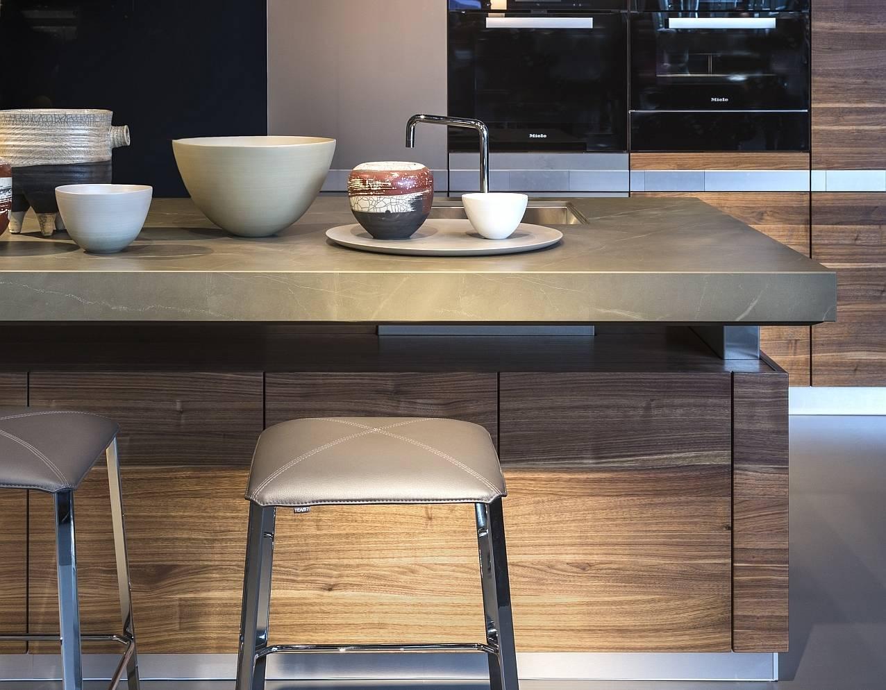 Piano Di Lavoro Cucina Kerlite : Gres e pietra hi tech per cucine dalle performance