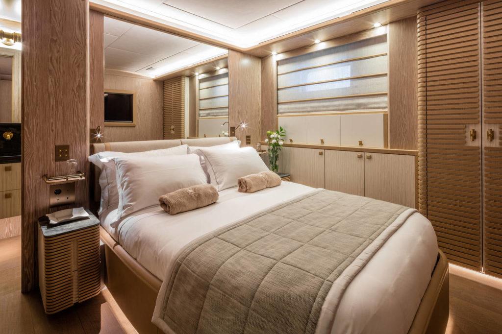Una delle camere dello Yacht M/Y Babbo