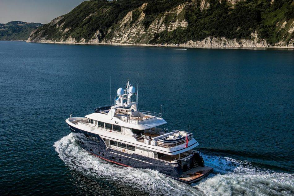In yacht con Lapitec®