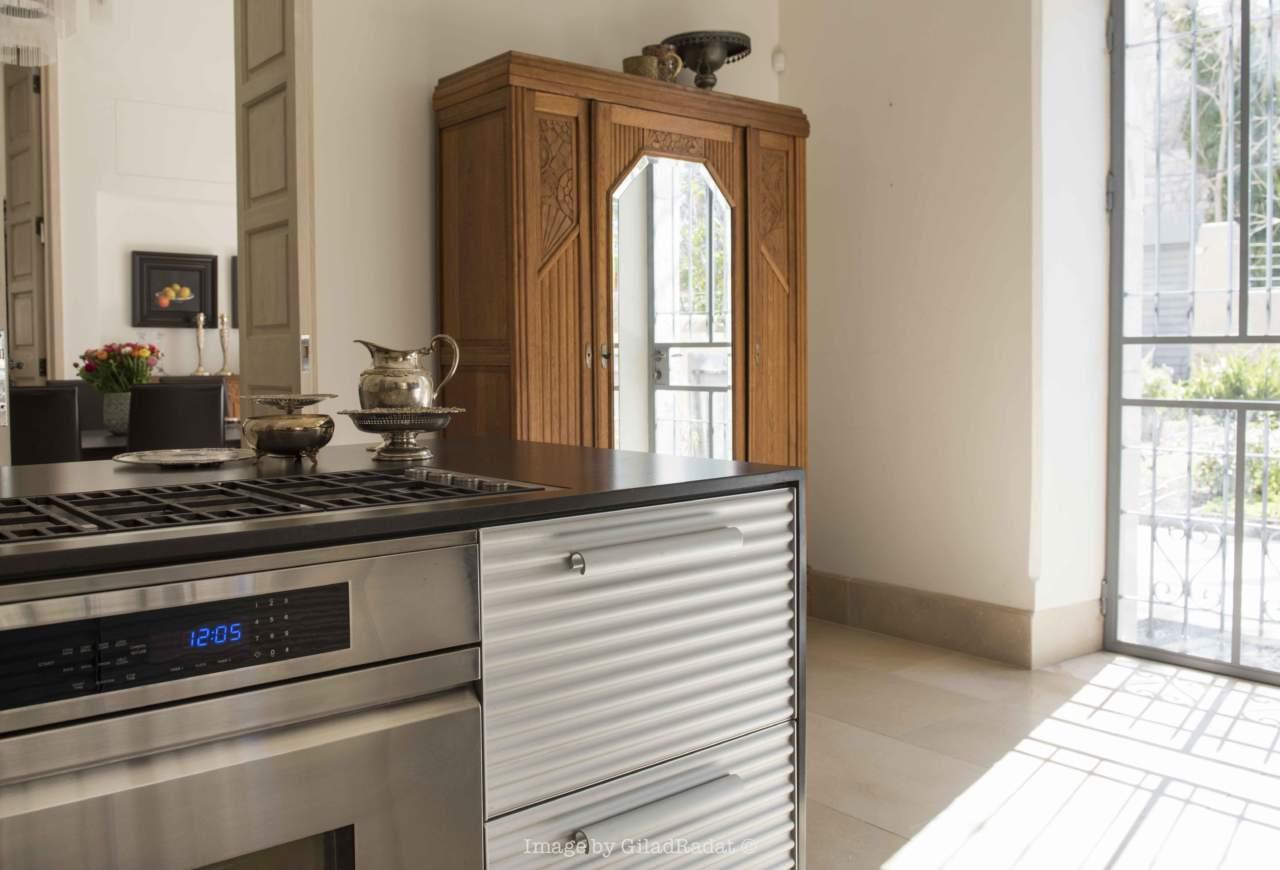 Una ligure a gerusalemme ambiente cucina for Aziende cucine design