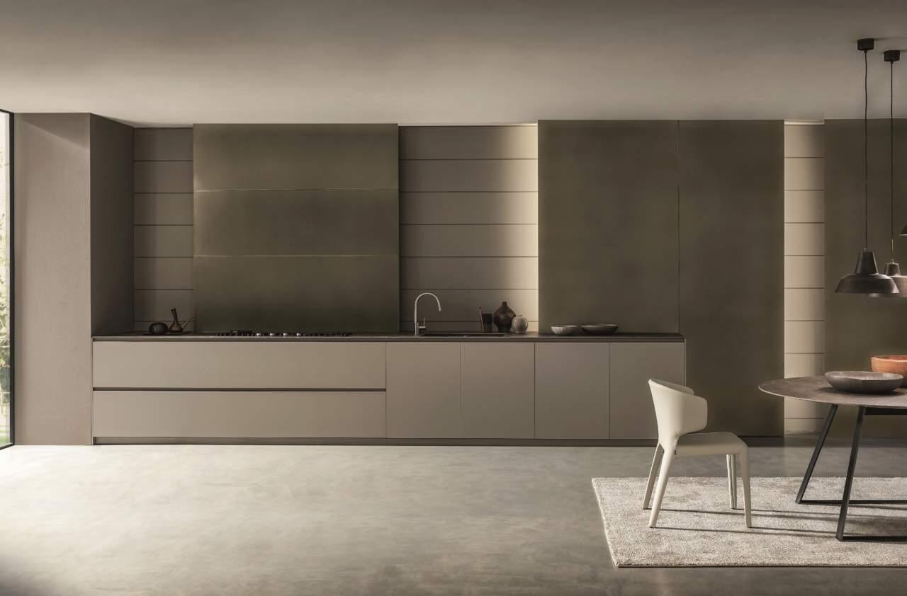 Rame, ottone, acciaio e alluminio per cucine scintillanti | Ambiente ...