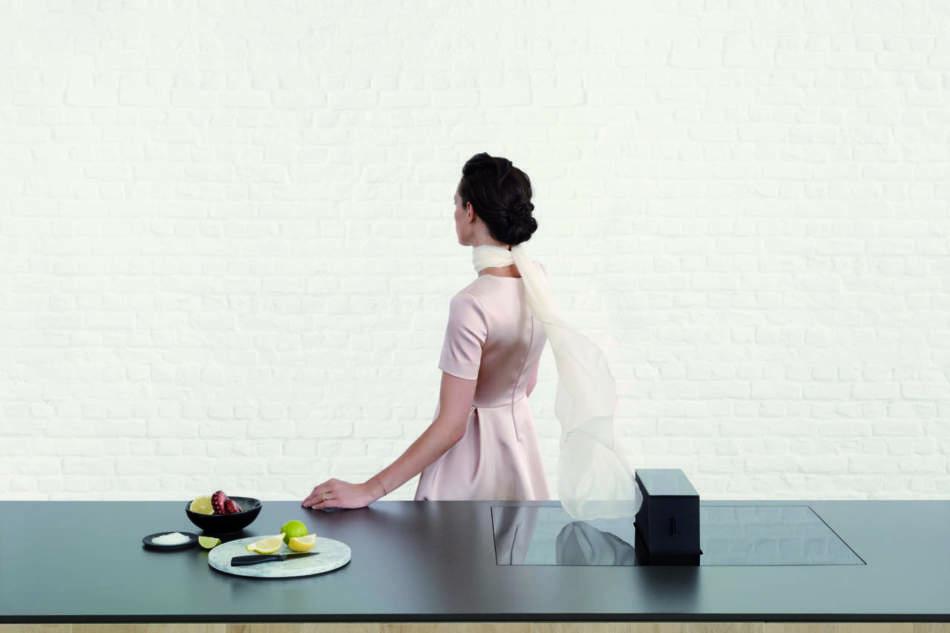 Novy One: un unico sistema, elegante e discreto, per aspirazione e cottura integrate