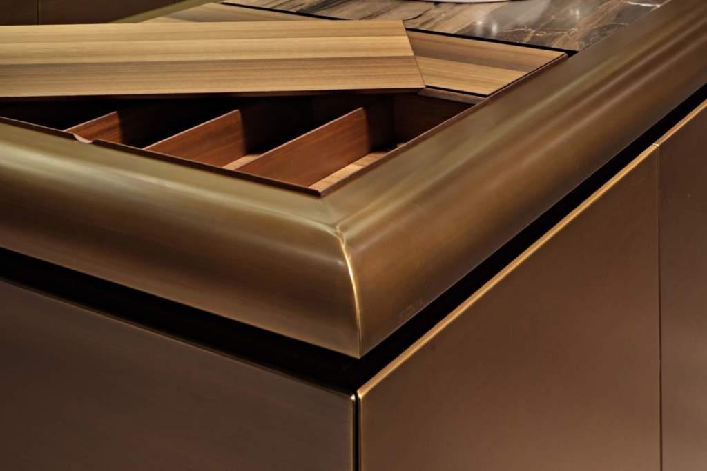 Rame ottone acciaio e alluminio per cucine scintillanti for Finito piano piano interruzione sciopero piani