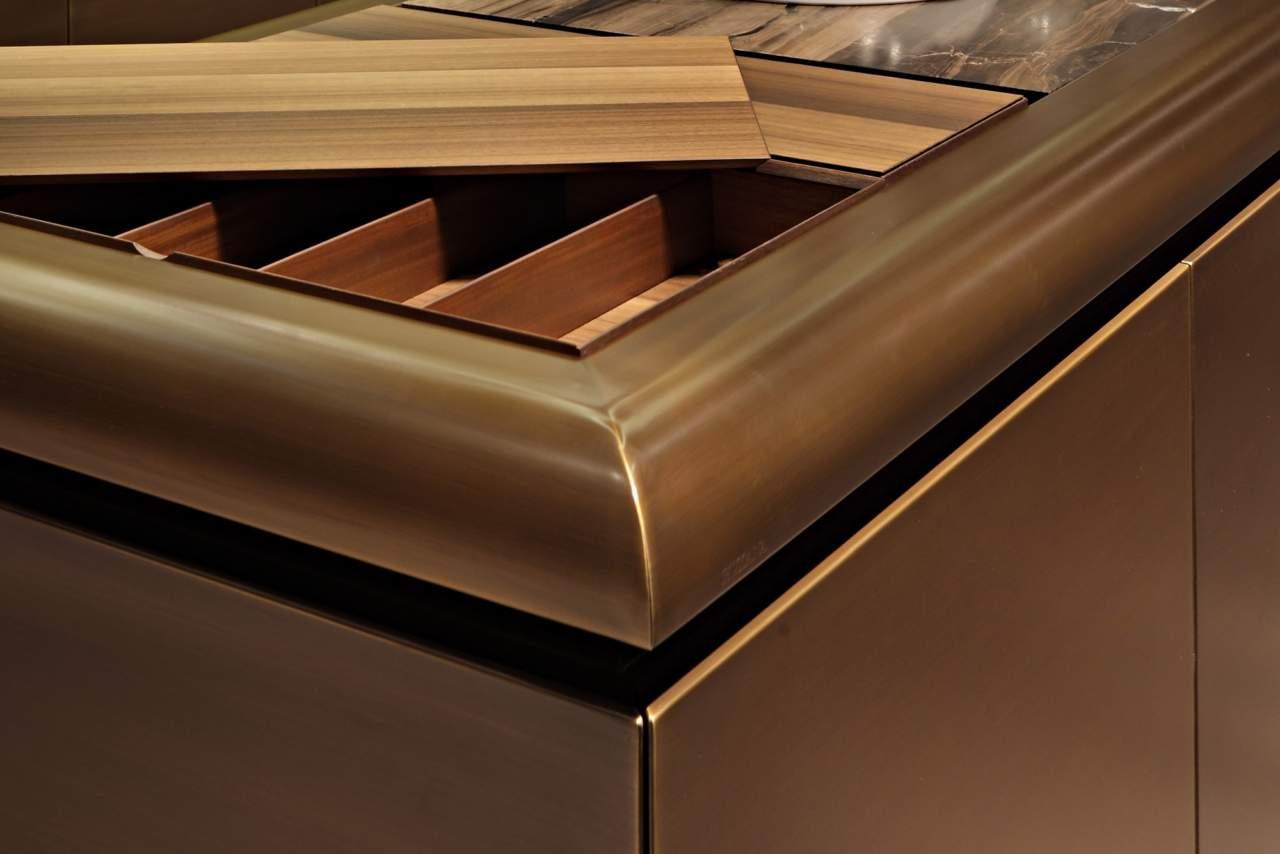 Rame ottone acciaio e alluminio per cucine scintillanti ambiente cucina - Cucine legno e acciaio ...