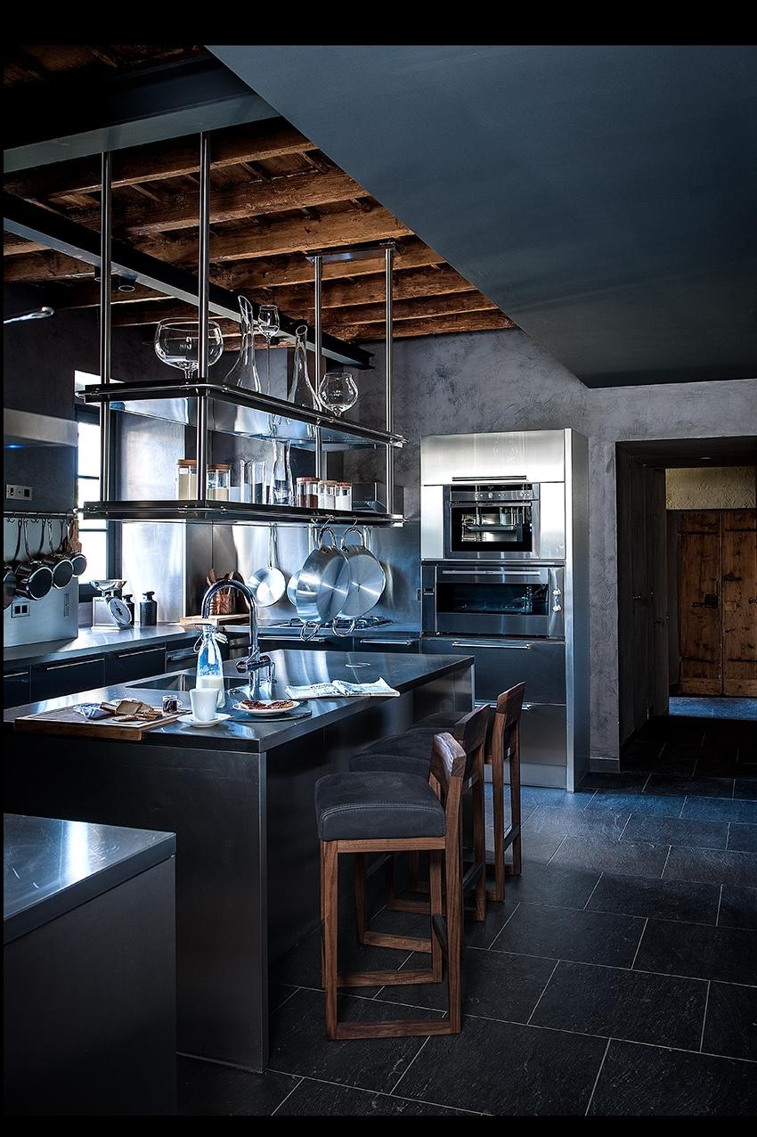 Cucina con travi a vista la stanza nella stanza la cucina - La cucina con vista ...