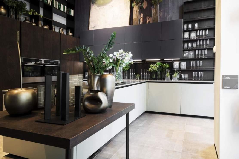 inaugurato a milano il flagship di aran cucine ambiente cucina. Black Bedroom Furniture Sets. Home Design Ideas