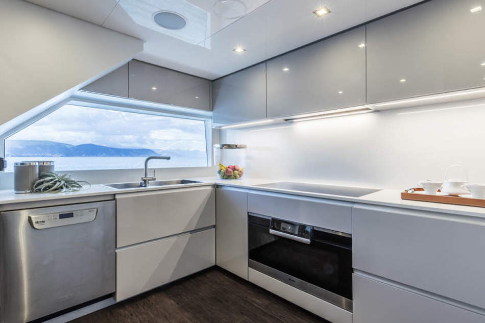 Ernestomeda vince il premio Best Mega Yacht Kitchen Design Specialists – Europe