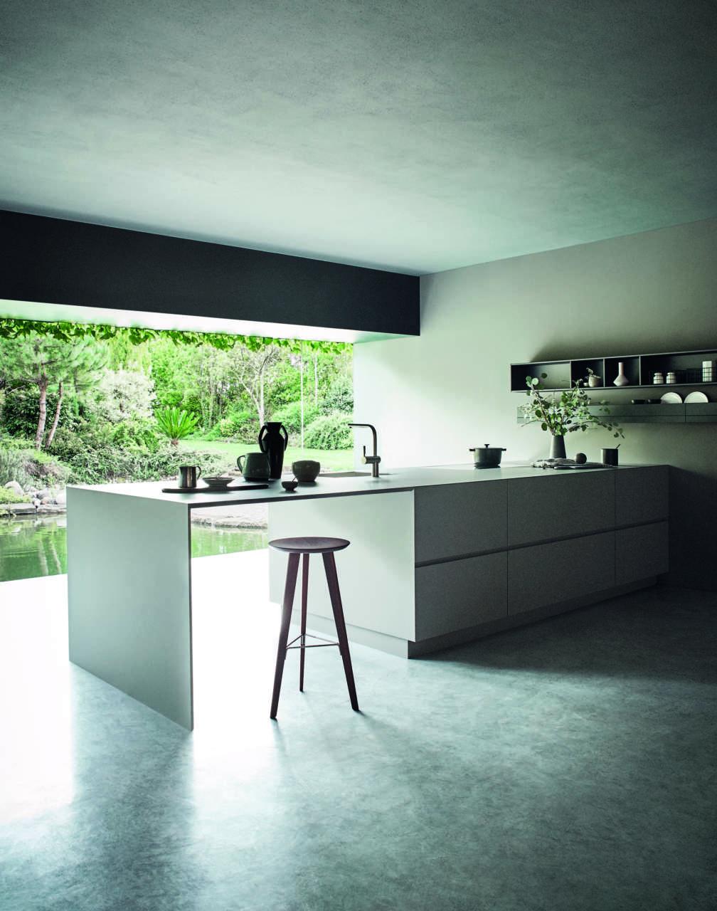 Modularità e contrasti materici per la cucina Cesar | Ambiente Cucina