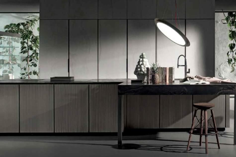 """I metalli speciali ed """"eleganti"""" delle cucine create da Massimo Castagna"""