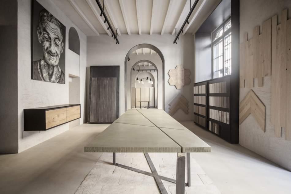 Minimal il nuovo showroom milanese dedicato ai materiali for Materiali per il design