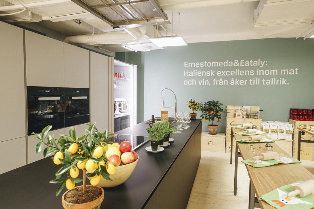 A stockholm in svezia ernestomeda rinnova la partnership for Aziende cucine design