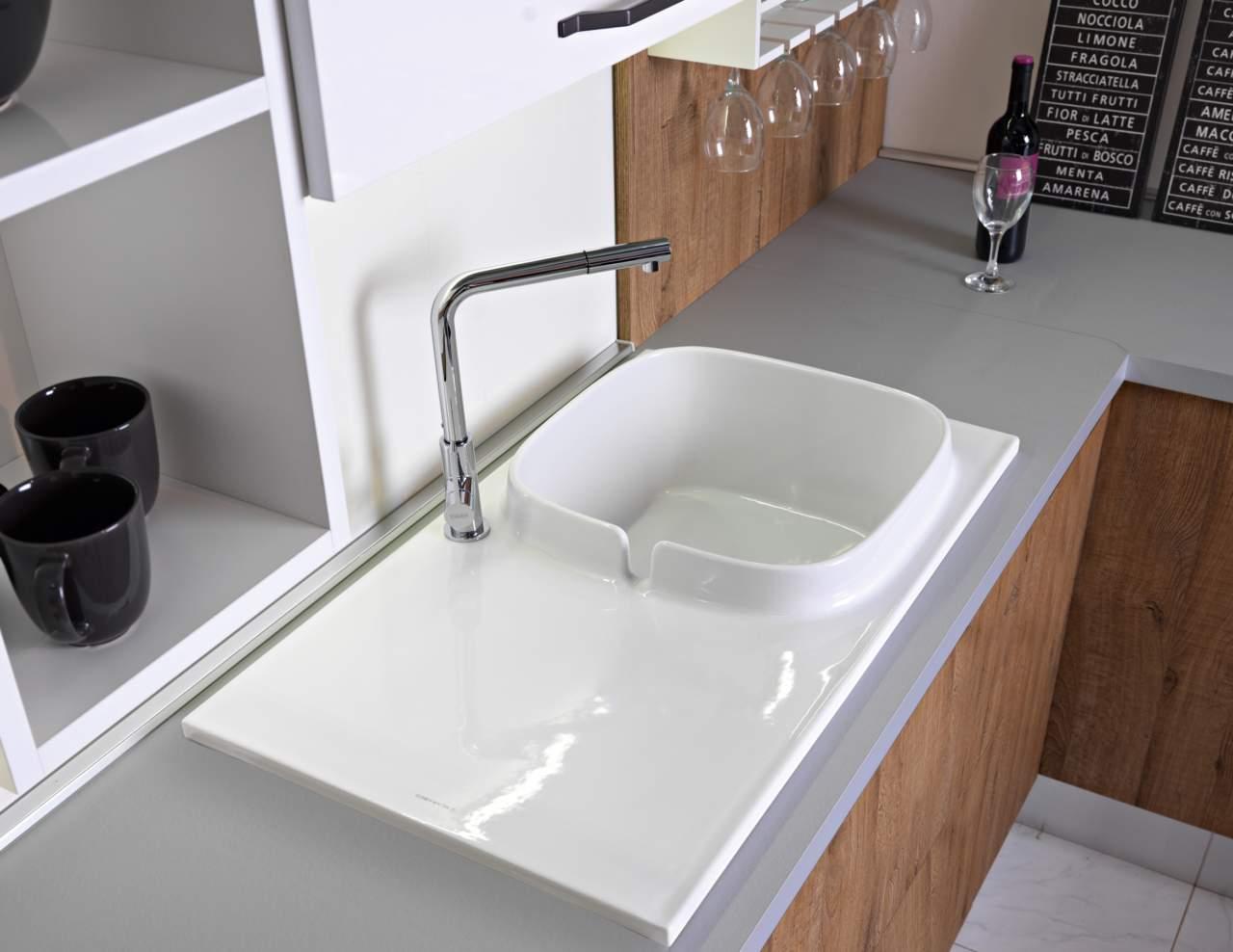 Lavandino Cucina Con Gocciolatoio scarabeo presenta il lavello in ceramica up | ambiente cucina