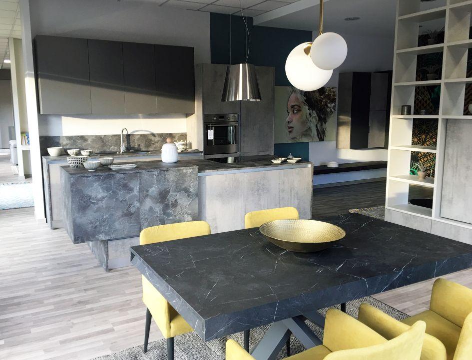 Cucine Moderne Campania.A Giuliano In Campania Il Nuovo Flagship Store Febal Casa