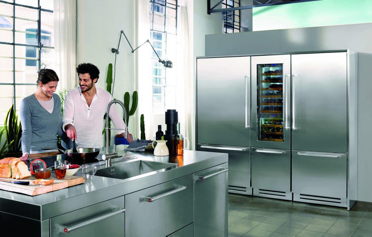 Vertigo di kitchenaid molto pi di una cantina frigo for Aziende cucine design